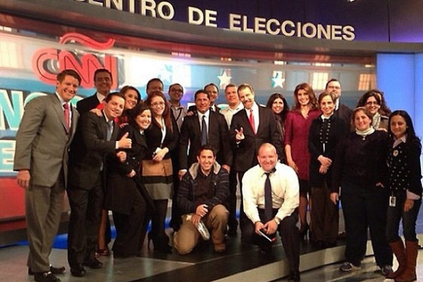 2012-us-election-staff-after-the-show_13836062363_o
