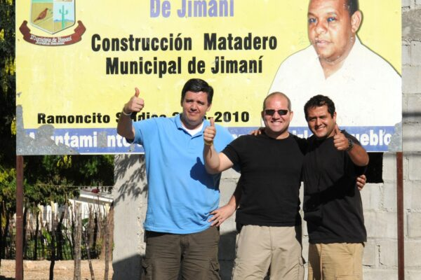 jc-lopez-willie-lora-polo-massud-in-jimani-dom-republic-after-crossing-border-with-haiti_13836219425_o